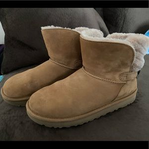 Ugg boots - like new